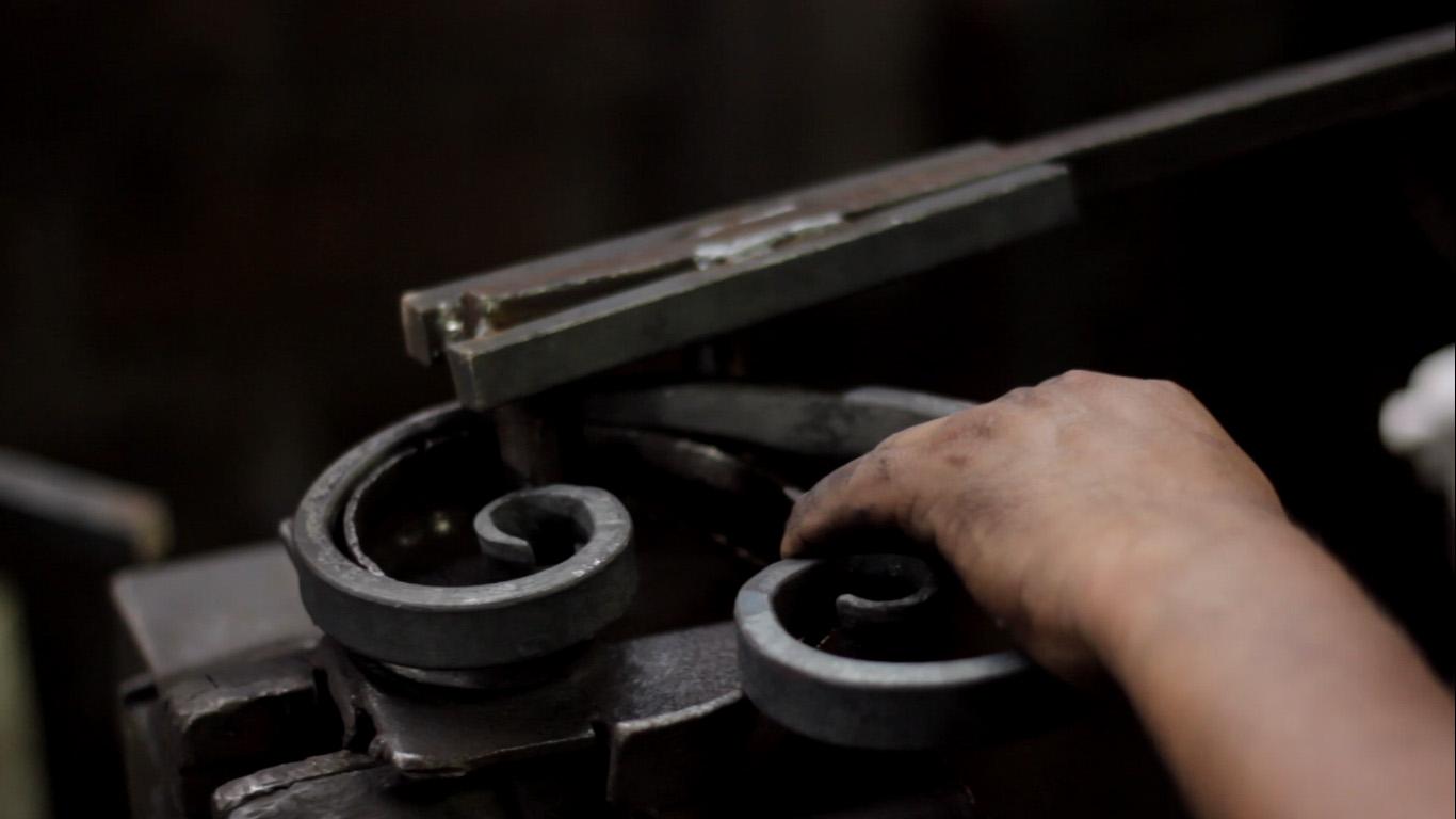 Fierro forjado metalarte el arte del fierro forjado for Faroles en hierro forjado para jardin
